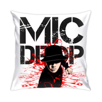 Подушка BTS - MIC DROP