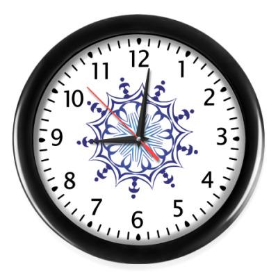 Настенные часы Снежинки