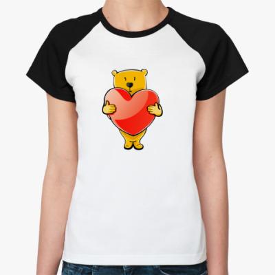 Женская футболка реглан Медведь с сердцем
