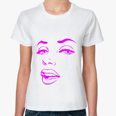 Классическая футболка Красавица