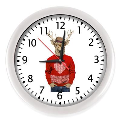 Настенные часы Олень 'Валентин с сердцем'