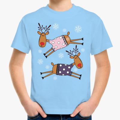 Детская футболка Новогодние олени в свитерах