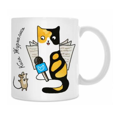Кошка журналист с микрофоном