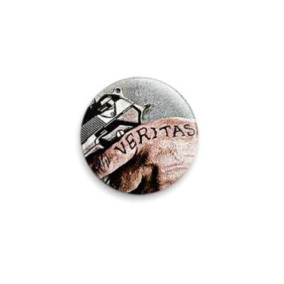 Значок 25мм  Veritas (SLA31)