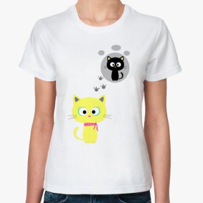 Классическая футболка Китти думает