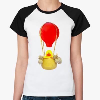 Женская футболка реглан В корзине воздушного шара