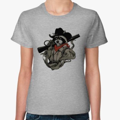 Женская футболка Енот с ружьём