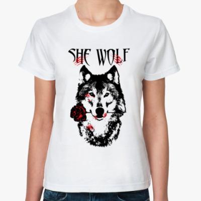 Классическая футболка She Wolf -  Волчица