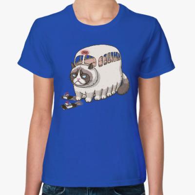 Женская футболка Угрюмый Котобус