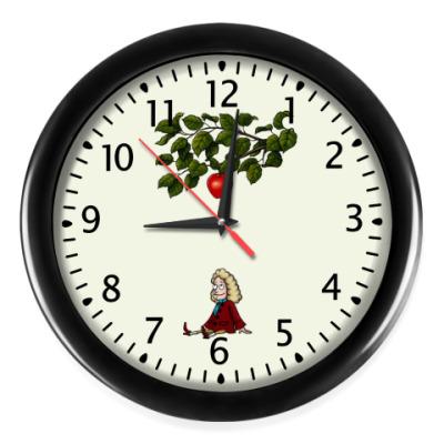 Настенные часы Sir Isaac Newton
