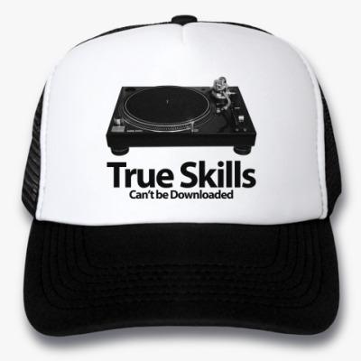 Кепка-тракер True Skills