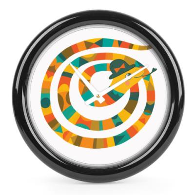 Часы Змея