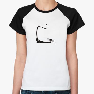 Женская футболка реглан  Вытягиваясь