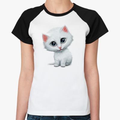 Женская футболка реглан Внимательный котик