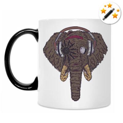Кружка-хамелеон Слон в наушниках