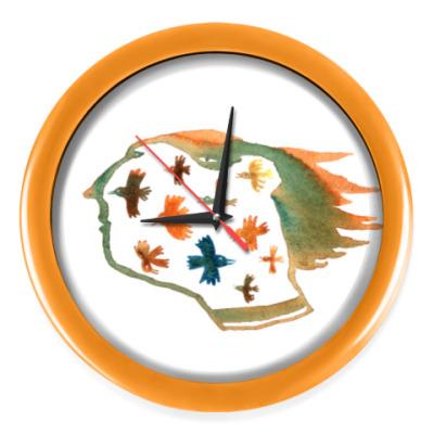 Настенные часы Женщина