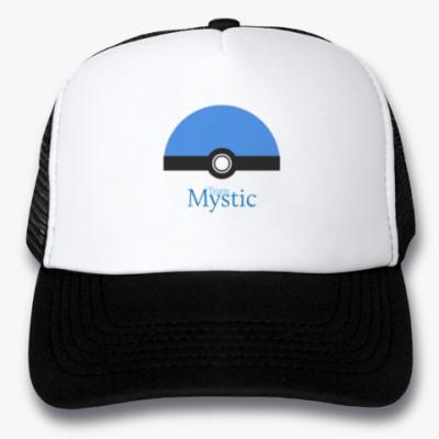 Кепка-тракер Team Mystic