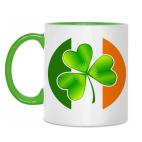 Ирландский клевер и флаг