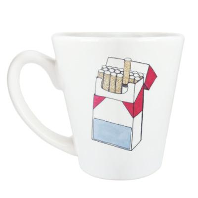 Чашка Латте сигареты