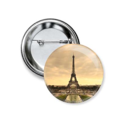 Значок 37мм Эйфелева башня , Париж