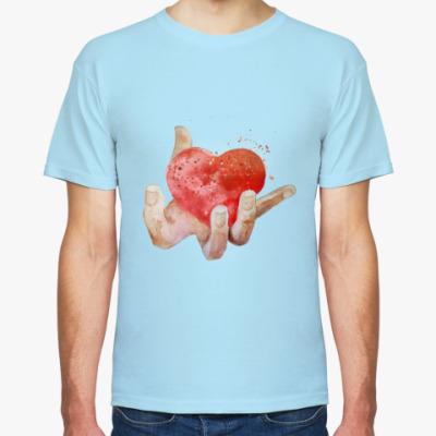 Футболка Сердце в руке, heart in hand