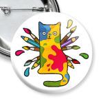 Кошка художник с кисточками и красками